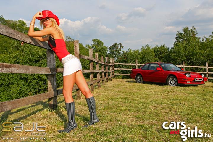 http://www.carsandgirls.hu/download/gallery/_jenny/CarsAndGirls__jenny_7.jpg