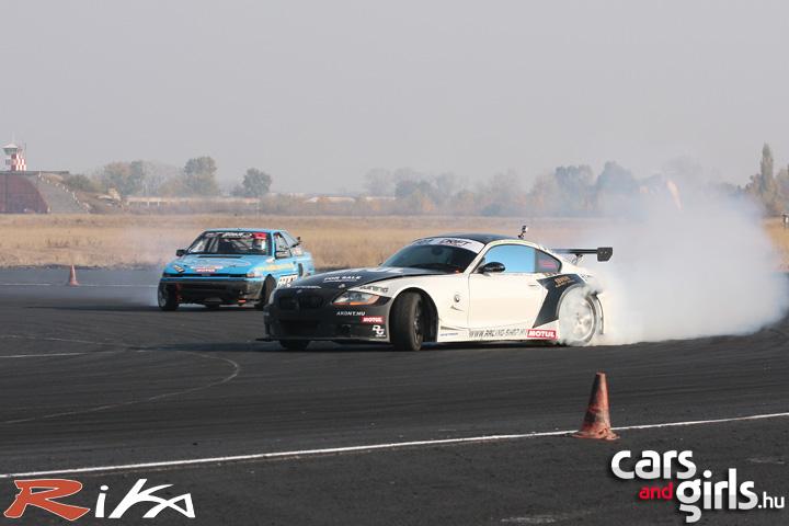 http://www.carsandgirls.hu/download/gallery/drift_ob5/CarsAndGirls_drift_ob5_260.jpg