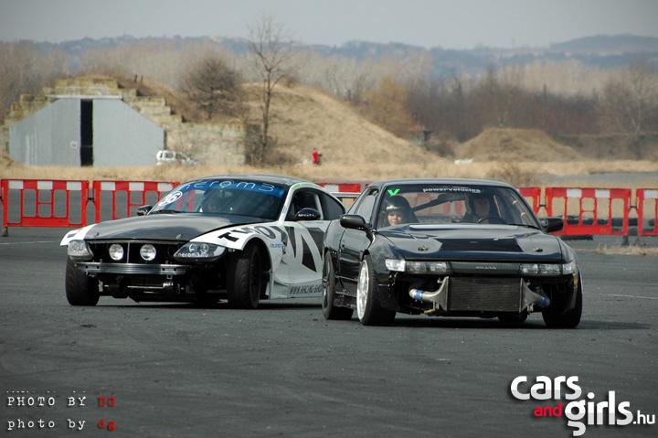 http://www.carsandgirls.hu/download/gallery/driftedzes110315/CarsAndGirls_driftedzes110315_143.jpg